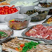 © Landhotel Tirolerhof/ Thomas Trinkl - kulinarische Reise nach Italien beim Buffet