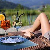Relaxen am Schwimmteich - Kühlung von Aussen und Innen