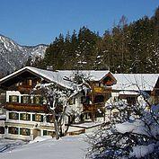 © Landhotel Schuetterbad - Hotelansicht Winter