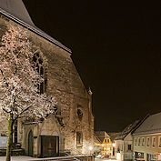 Kirche in Sierning im Winter