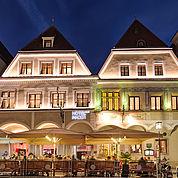 © Landhotel Mader - Steyr am Abend