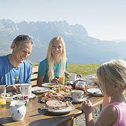 Frühstück am Berg © Daniel Reiter Peter von Felbert