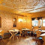 Hotel Alpenhof - Restaurant Zirbenstube