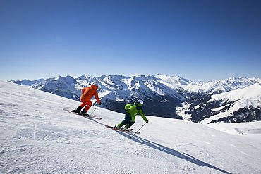 Skifahren auf perfekt präparierten Pisten © Zillertal Tourismus GmbH, Julia Rotter