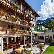 © Landhotel Tirolerhof/ Thomas Trinkl - laue Sommerabende auf unserer Terrasse