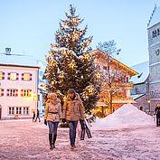 Weihnachtsshoppen am Stadtplatz © Zell am See Kaprun Tourimus
