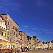 Stadtplatz Steyr mit dem Landhotel Mader © Landhotel Mader