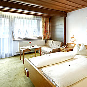 Landhotel Kaserer - Geräumige Gästezimmer mit Balkon