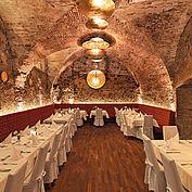 Restaurant und Weinkeller © Landhotel Mader