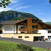 © Landhotel Schuetterbad - Aussenansicht Sommer