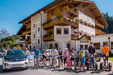 BMW i3 zum Verleih  -  © Landhotel Alpenhof